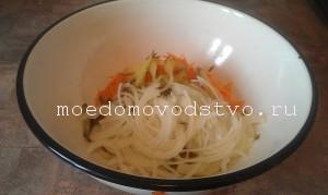 Постный салат с морской капустой