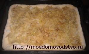пирог из дрожжевого теста с капустой